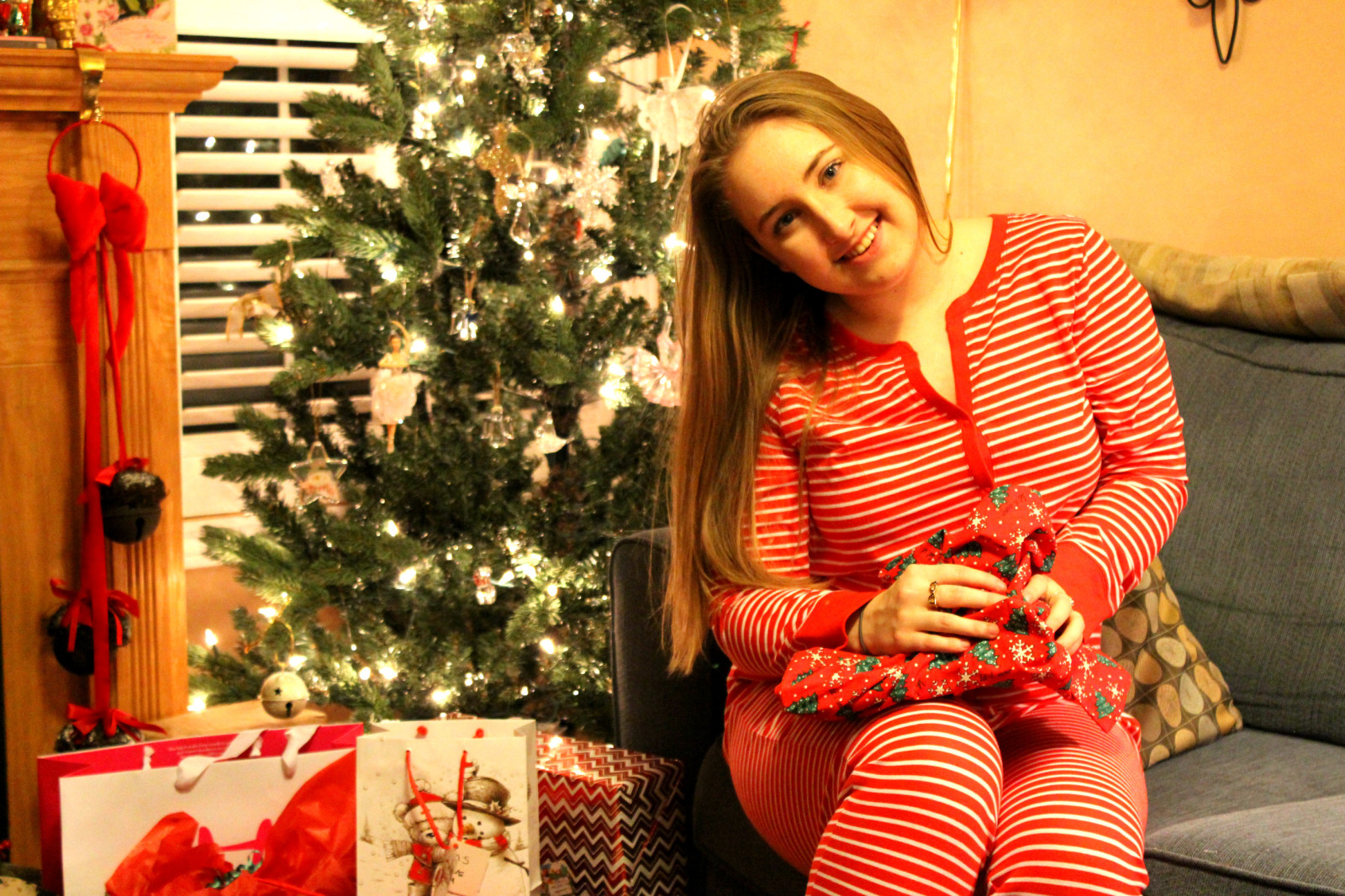 Merry Christmas, Love Pearls and Polkadots