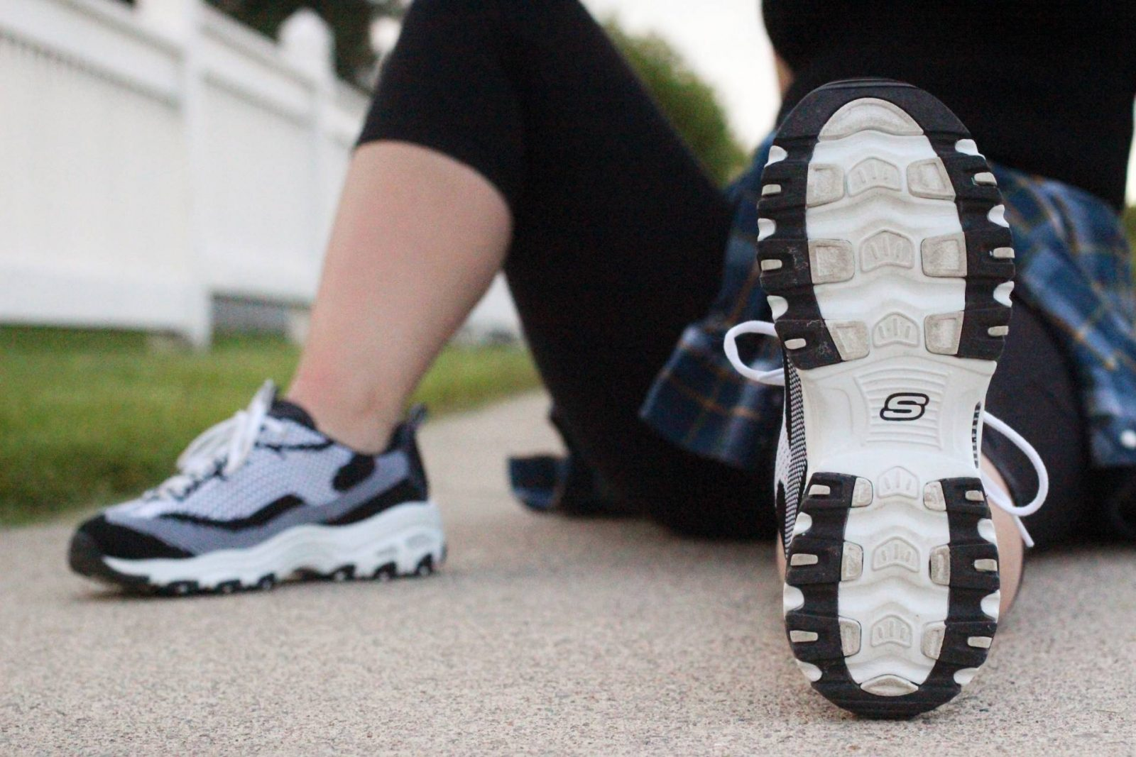 Running into Summer w/ Skechers - Pearls and Polkadots